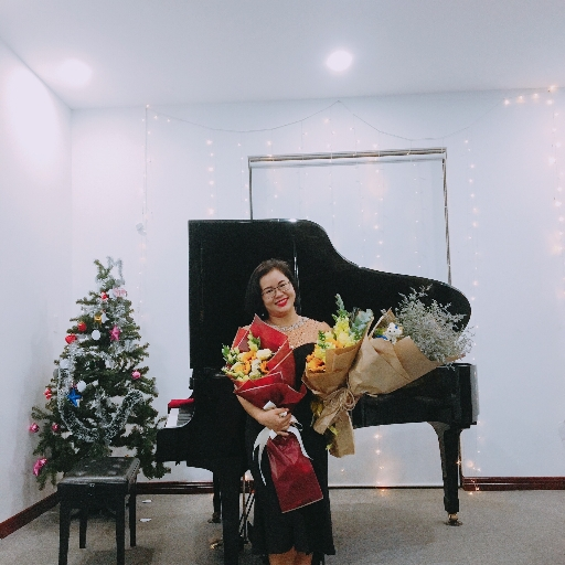 Trần Thị Huyền Trân