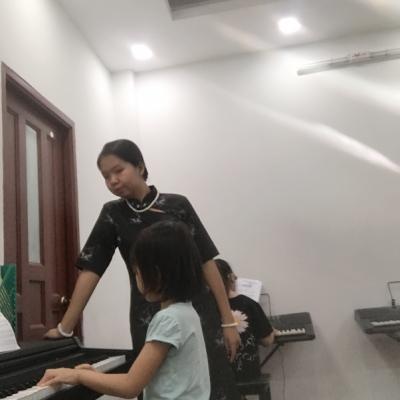 Cang Nguyễn Ái Long