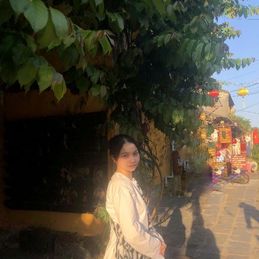 Bùi Lê Thùy Trang